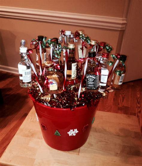 christmas liquor 1000 ideas about mini bouquet on bouquet mini bottles and
