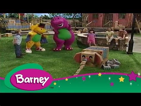 Barney 🏰 Building With Boxes 🏰