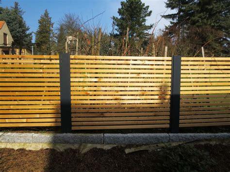 Zaun Holz Quer by Sichtschutzzaun Holz Metall G 252 Nstig L 228 Rche H 246 He Grau Wei 223