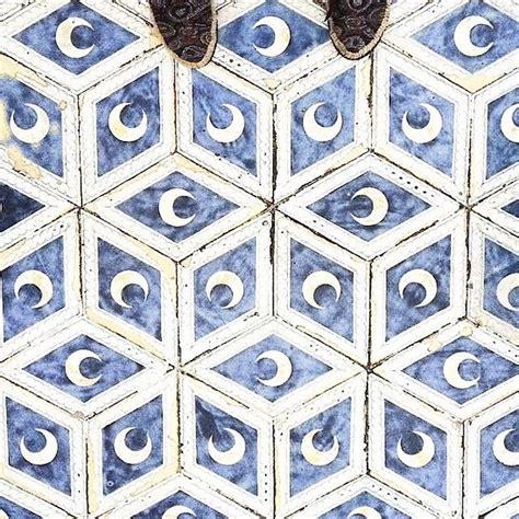 images  floor tiles  pinterest studios