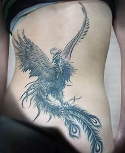 Tatouage Bas Dos Femme : tatouage femme bas du dos oiseau ~ Dallasstarsshop.com Idées de Décoration