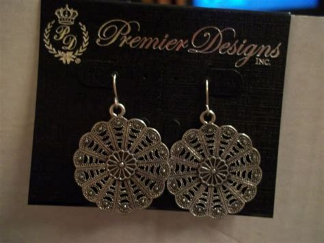 Botanical Premier Designs Earrings