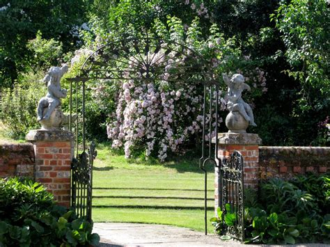 manor house upton grey