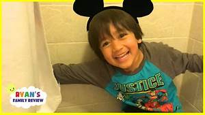 Ryan's Family plays Hide And Seek at Disney Hotel - YouTube