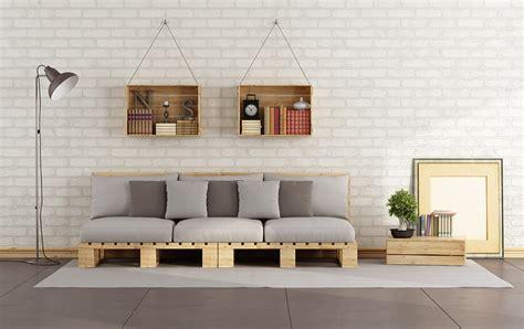 canap en palette en bois fabriquer un meuble en palette