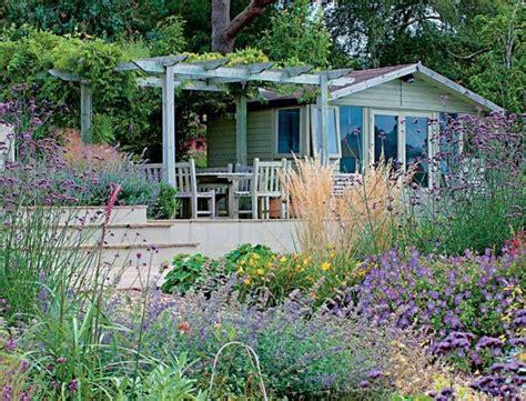 Garten Gestalten Blumen by Pflegeleichter Garten Anlegen Einheimische Blumen Und