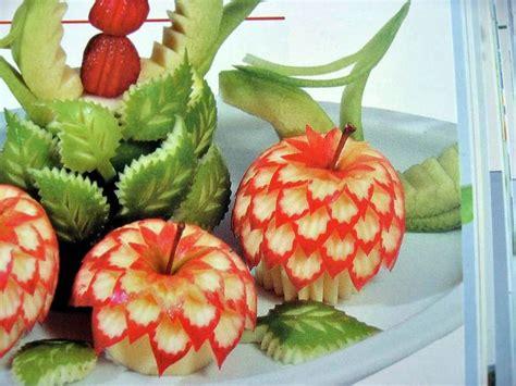 decoration de salade de fruits 1000 id 233 es sur le th 232 me sculpture sur l 233 gumes sur bento fleurs de fruits et