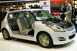 Suzuki Swift Hybride : maruti swift range hybrid 48 2 kmpl features specifications price release date ~ Gottalentnigeria.com Avis de Voitures
