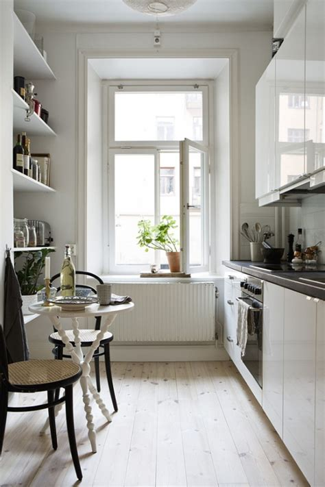 narrow kitchen designs 31 stylish and functional narrow kitchen design 1037