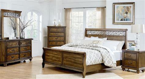 monterey burnished caramel pine sleigh bedroom set