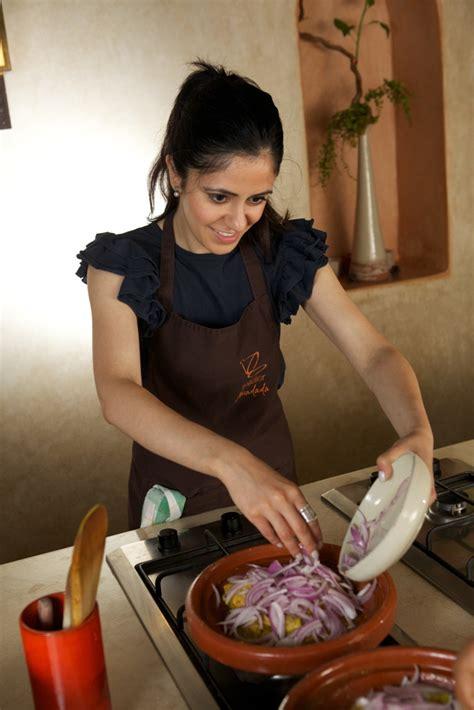 cours de cuisine essaouira l atelier de cuisine madada vous d 233 voile une de ses recettes marocaines