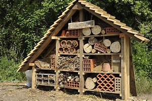 Fabriquer Un Hotel A Insecte : hotel a insecte dessin free un hotel insectes dans le ~ Melissatoandfro.com Idées de Décoration