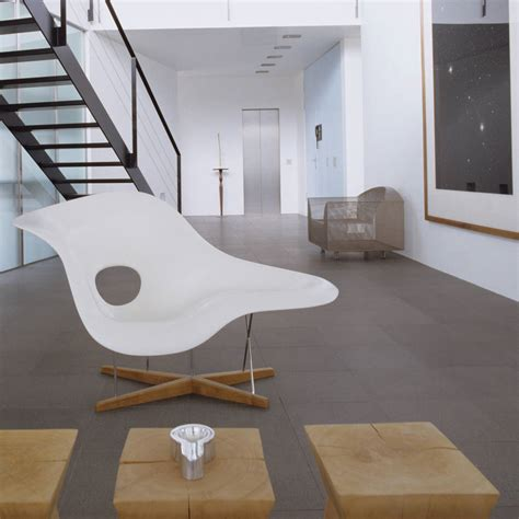 chaise type eames an eames style chaise longue by ciel notonthehighstreet com