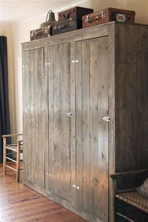 beautiful wooden closet  amazing wooden closets armoires  woodworking projects