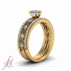 1 carat heart shaped diamond engagement ring yellow gold With 1 carat wedding ring set