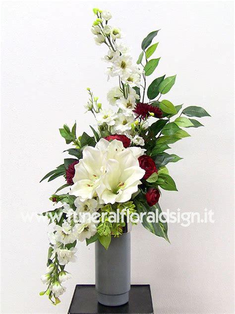 mazzi di fiori finti mazzo fiori artificiali loculo cimitero composizione