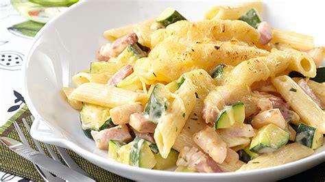 recette gratin de pates et courgettes gratin de penne au jambon et aux courgettes facile knorr