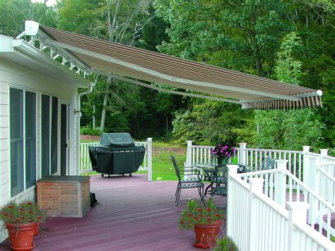 retractable awnings  hoffman awning