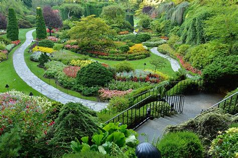 butchart gardens british columbia travel  adventure