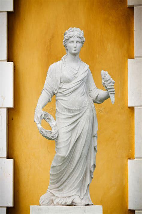 schön und wieder de statue der griechenland und rom frauen stockfoto bild wei 227 sch 227 182 n 23422090