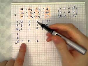 Matrix Kern Berechnen : matrix l sen mit gauss verfahren youtube ~ Themetempest.com Abrechnung