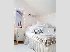 Small And Narrow Teenage Girl Attic Bedroom Design With