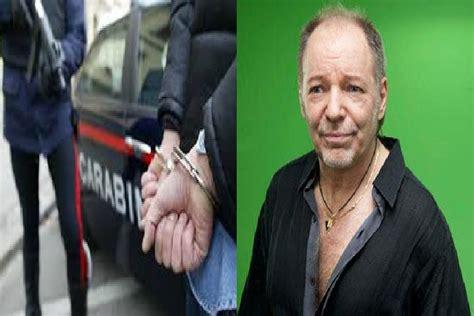 Vasco Arrestato arrestato vasco era in possesso di droga e nudo in