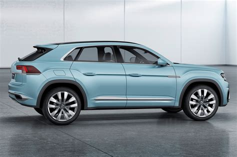 volkswagen coupe volkswagen cross coupe gte concept first look