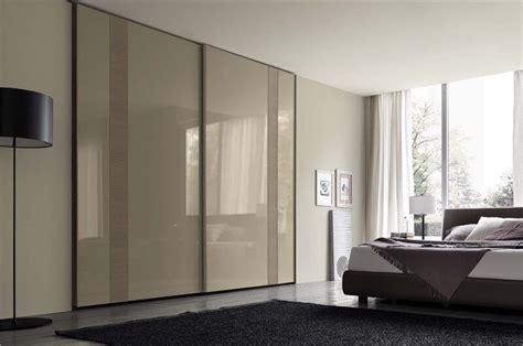 nowoczesna szafa drzwi przesuwne drzwi lakier bialy