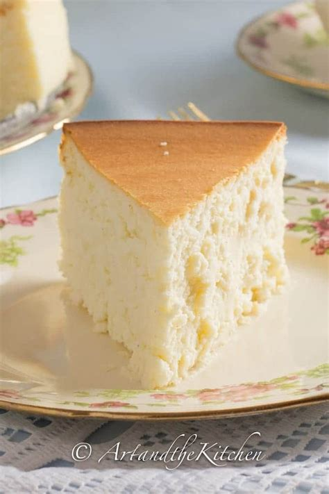 tall  creamy  york cheesecake   baker