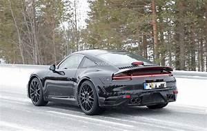 2019 Porsche 911 : new 2019 porsche 911 spotted on german autobahn shows its wider posterior autoevolution ~ Medecine-chirurgie-esthetiques.com Avis de Voitures