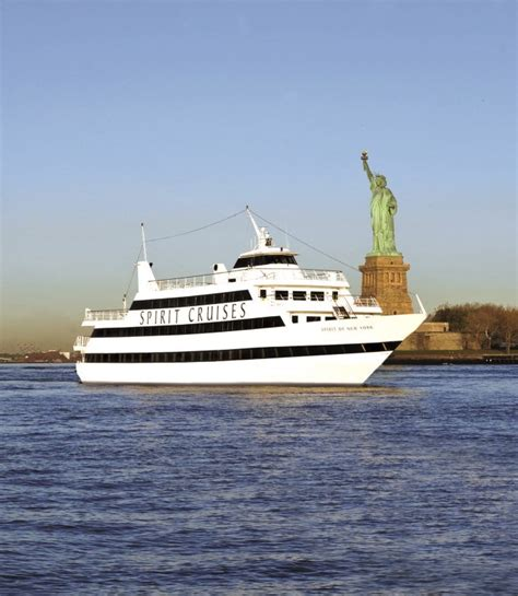 Boat Trip Up Hudson by Boat Tour Giveaway Spirit Cruises On New York Harbor