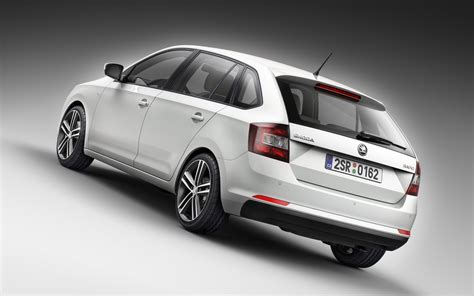 2018 Skoda Rapid Spaceback Wallpapers9