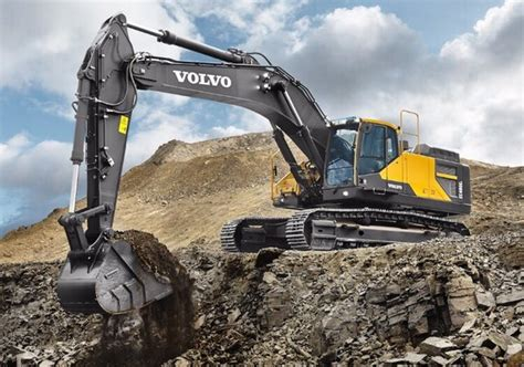 volvo construction equipment services contractors