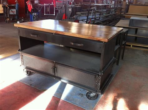 industrial kitchen island   Vintage Industrial Furniture
