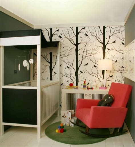 Platz Schaffen Kleines Reihenhaus Wird Gross by Tapete Kinderzimmer Gro 223 Und Klein Verliebt Sich In