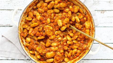 Groshë me pançetë dhe salçiçe - Gatime Shqiptare