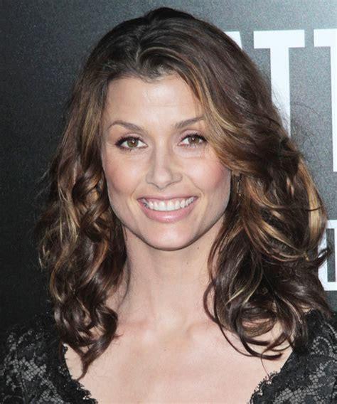 Bridget Moynahan Long Wavy Casual Hairstyle   Dark