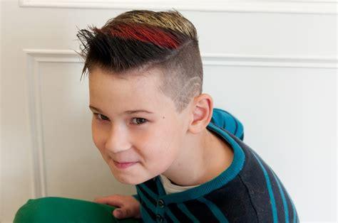 Fotos Jungen Frisuren  Frisuren im Frisurenkatalog