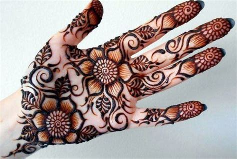 Kumpulan henna perawan pabedilan blogspot com gambar henna putih pengantin simple gambar lukisan henna anda menginginkan lukisan henna tangan yang indah dan simple kali ini saya akan bahas juga mengenai lukisan henna yang bagus dan unik lukisan henna dengan. 18+ Gambar Henna Yg Bagus Dan Gampang Paling Keren