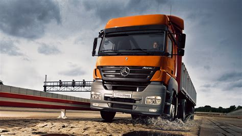 Mercedes Benz Truck Hd Wallpapers - 9to5 Car Wallpapers
