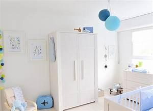 Deco Chambre Bebe Bleu : deco chambre bebe bleu ciel ~ Teatrodelosmanantiales.com Idées de Décoration