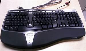 Microsoft Natural 4000 Ergonomic Keyboard Review - All ...  Ergonomic