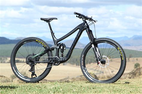 norco 2015 our of the crop flow mountain bike