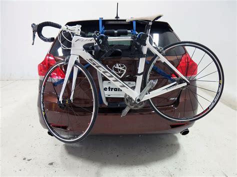bike trunk rack subaru outback wagon thule archway xt 2 bike rack trunk