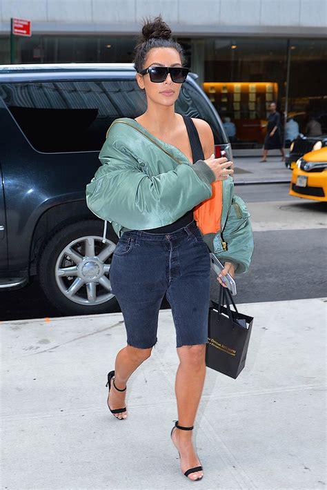 Kim Kardashian Wears Custom Levis Denim Shorts The Jeans Blog
