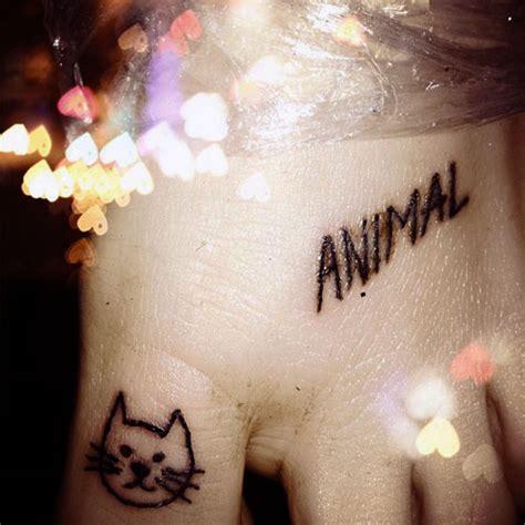 kesha tattoos steal  style