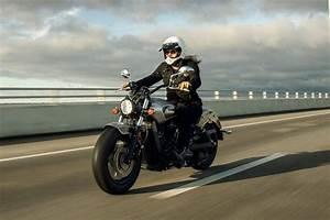 Image De Moto : garage moto montpellier motos d 39 occasion ou neuves dans l 39 h rault guichard moto ~ Medecine-chirurgie-esthetiques.com Avis de Voitures