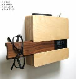 Decorative Key Holder For Wall by Wall Mount Butler Organizes Keys Phone Wallet Amp Glasses