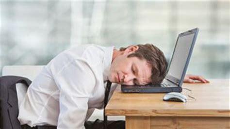 sieste au bureau comment optimiser sa sieste au bureau l 39 express l 39 entreprise